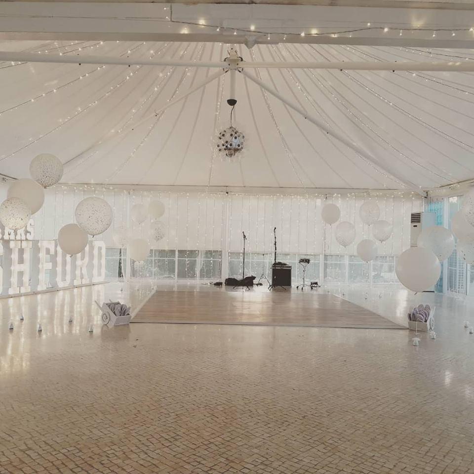 Balões Gigantes Pista de Dança | Oficina de Sonhos - Animação e Decoração de Eventos Algarve