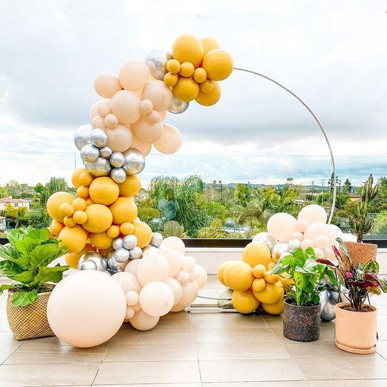 estrutura arco balões orgânicos