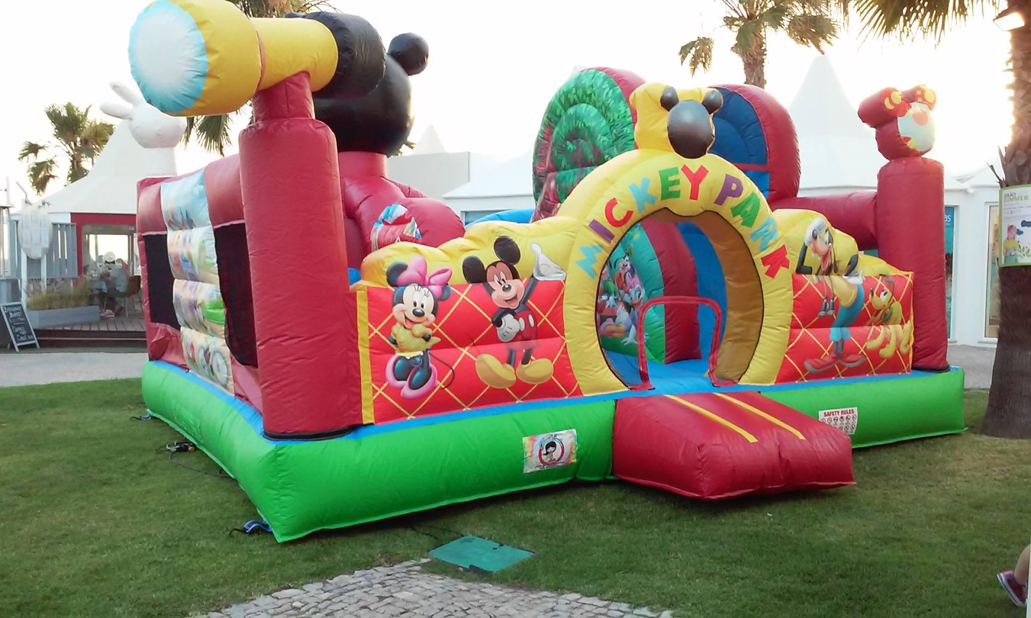 Insuflável A Casa do Mickey | Aluguer de Insufláveis Oficina de Sonhos Algarve
